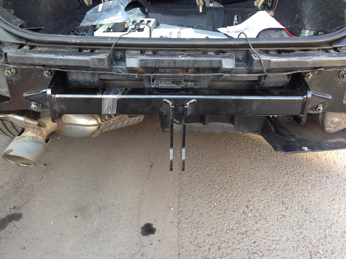 X1 E84 ing Tow Bar Question - Rear Bumper Removal ... Bmw Tow Bar Wiring Harness on