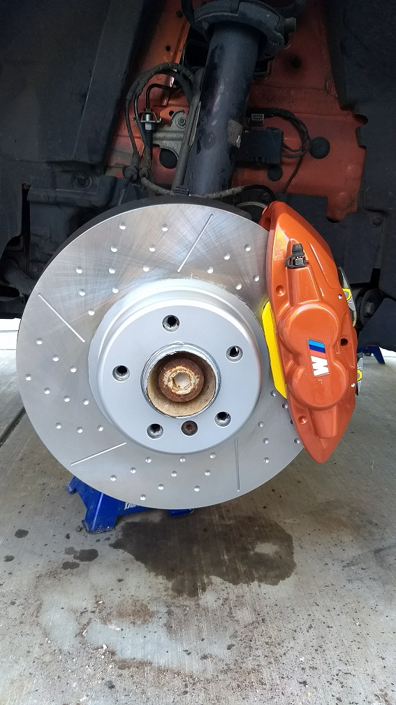 FOR BMW 330d M SPORT M PERFORMANCE FRONT DIMPLED GROOVED BRAKE DISCS PAIR 370mm