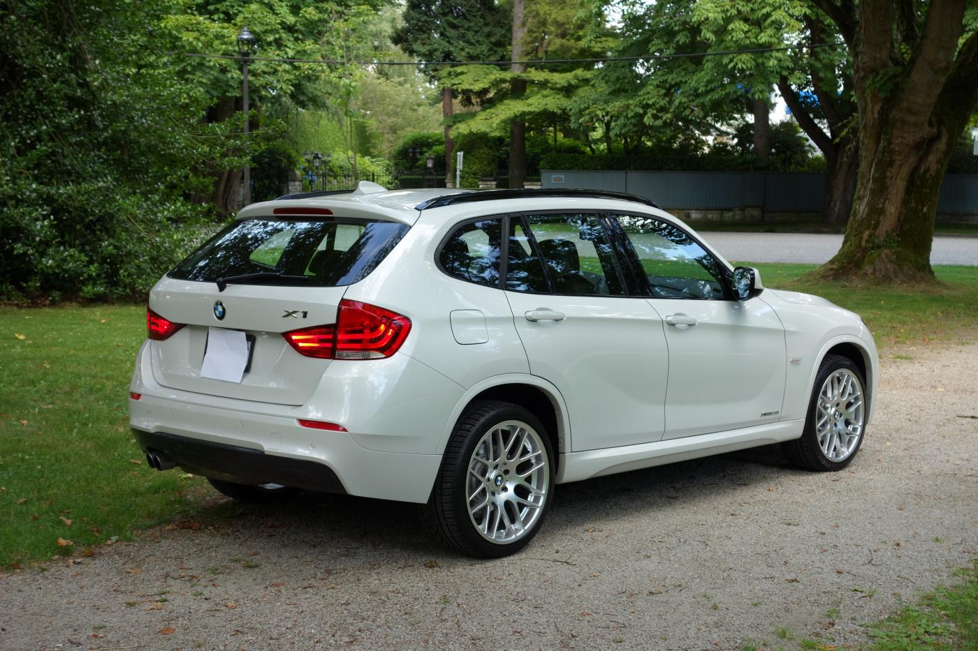 M Sport Pkg With Upgraded To 19 Quot Csl Wheels