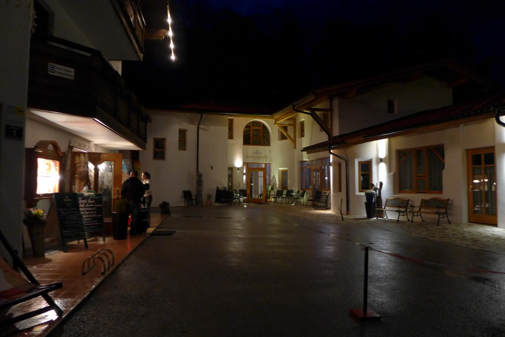 Name:  SchlossBlick Hotel near Kufstein, AustriaP1000934.jpg Views: 2284 Size:  140.4 KB