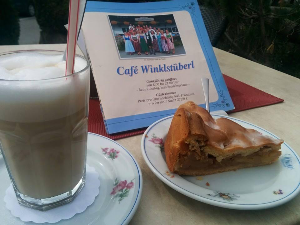 Name:  Winklstüberl.jpg Views: 1846 Size:  67.5 KB