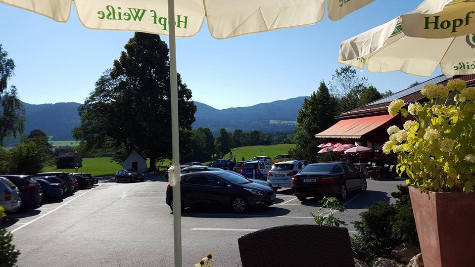 Name:  Winklstüberl Cafe   49923567_7779720959410775377_n.jpg Views: 2418 Size:  94.0 KB