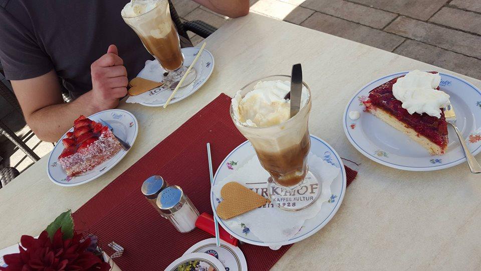 Name:  Winklstüberl Cafe   11220081_10153484950263567_1219844606769862688_n.jpg Views: 2111 Size:  98.5 KB