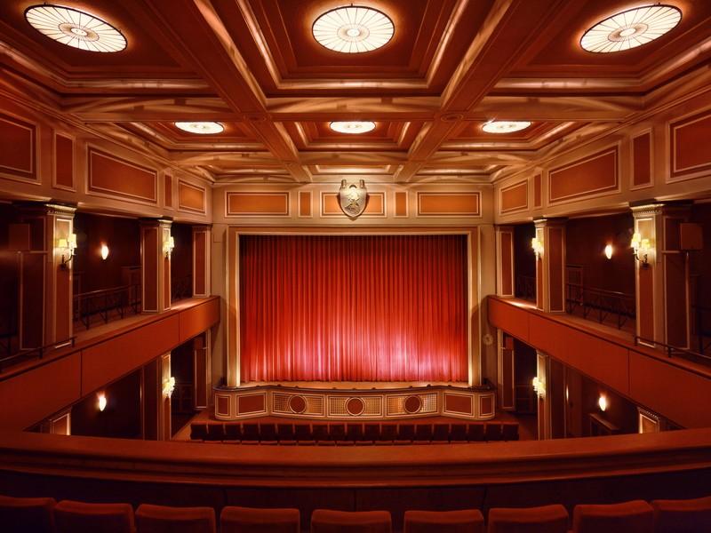 Name:  sendlinger-tor filmtheater-1.jpg Views: 2303 Size:  118.3 KB
