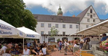 Name:  Kloster Andrechs  10_by_andechs_kloster_biergarten_roland_rossner_3_452x.jpg Views: 1812 Size:  33.9 KB