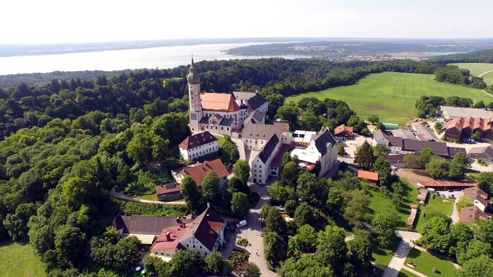 Name:  Kloster Andrechs11406952_10153334956172383_5282984285131791715_n.jpg Views: 2239 Size:  101.7 KB