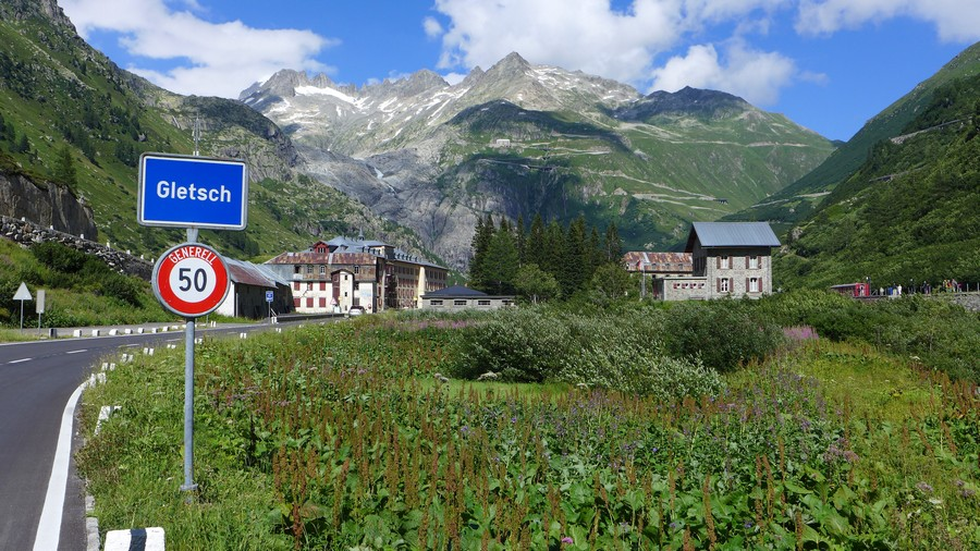 Name:  Furka Pass Gletsch P1080432.jpg Views: 1508 Size:  228.8 KB