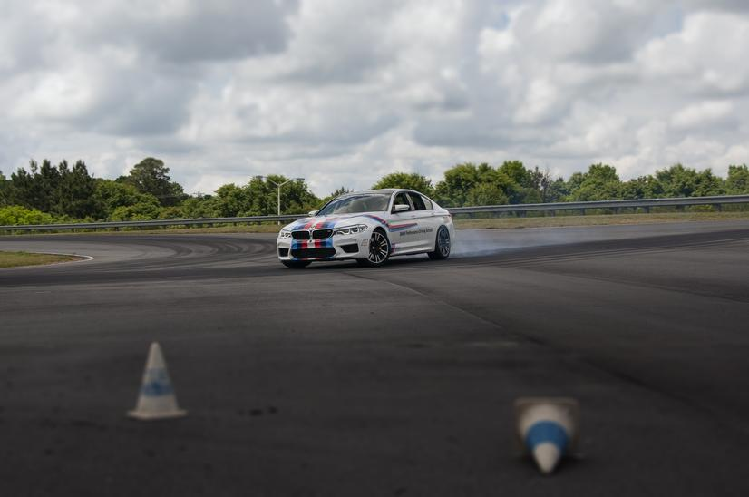 Name:  20_Years_of_BMW_Performance_Center_Driver_Training_and_Experiences_Spartanburg_SC_(8)__mid.jpg Views: 1952 Size:  37.0 KB