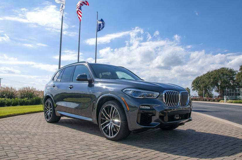 Name:  20_Years_of_BMW_Performance_Center_Driver_Training_and_Experiences_Spartanburg_SC_(3)__mid.jpg Views: 2247 Size:  71.7 KB