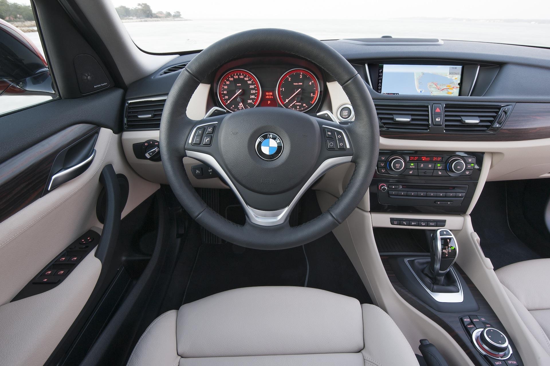 X1 Steering Wheel Trim